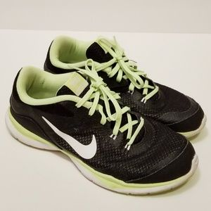Nike Black/Green Size 8 Sneakers Shoes